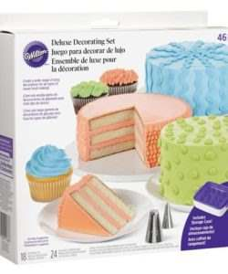 Wilton Deluxe Decorating Set/46 (2)