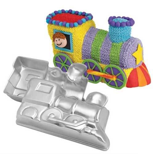 Wilton choochoo train pan set