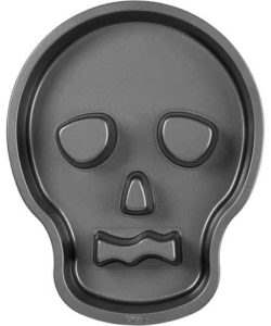 Wilton skull tube pan bij cake, bake & love 8
