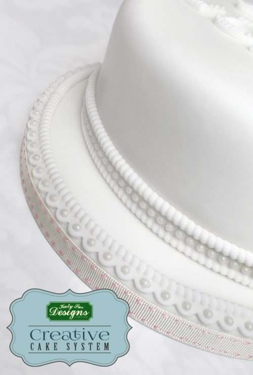Katy sue designs - rope and pearl borders silicone mould bij cake, bake & love 8